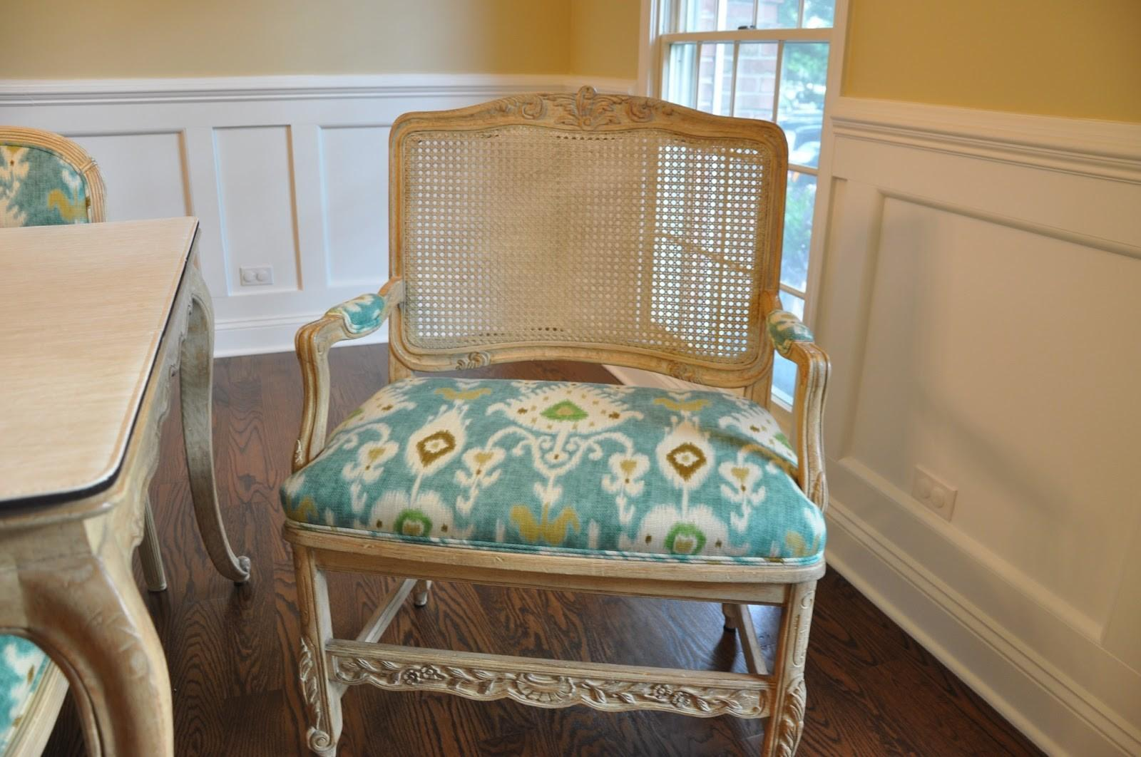 Dining Table Upholstering Chairs