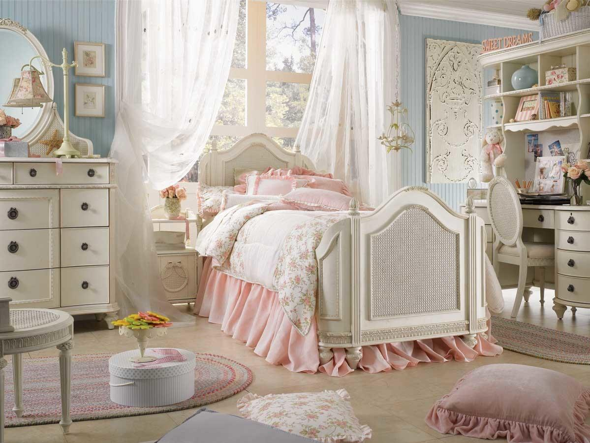 Picture of: Innovative Shabby Chic Bedroom Decor That Simply Invite You Inside Trends In 2020 Images Decoratorist