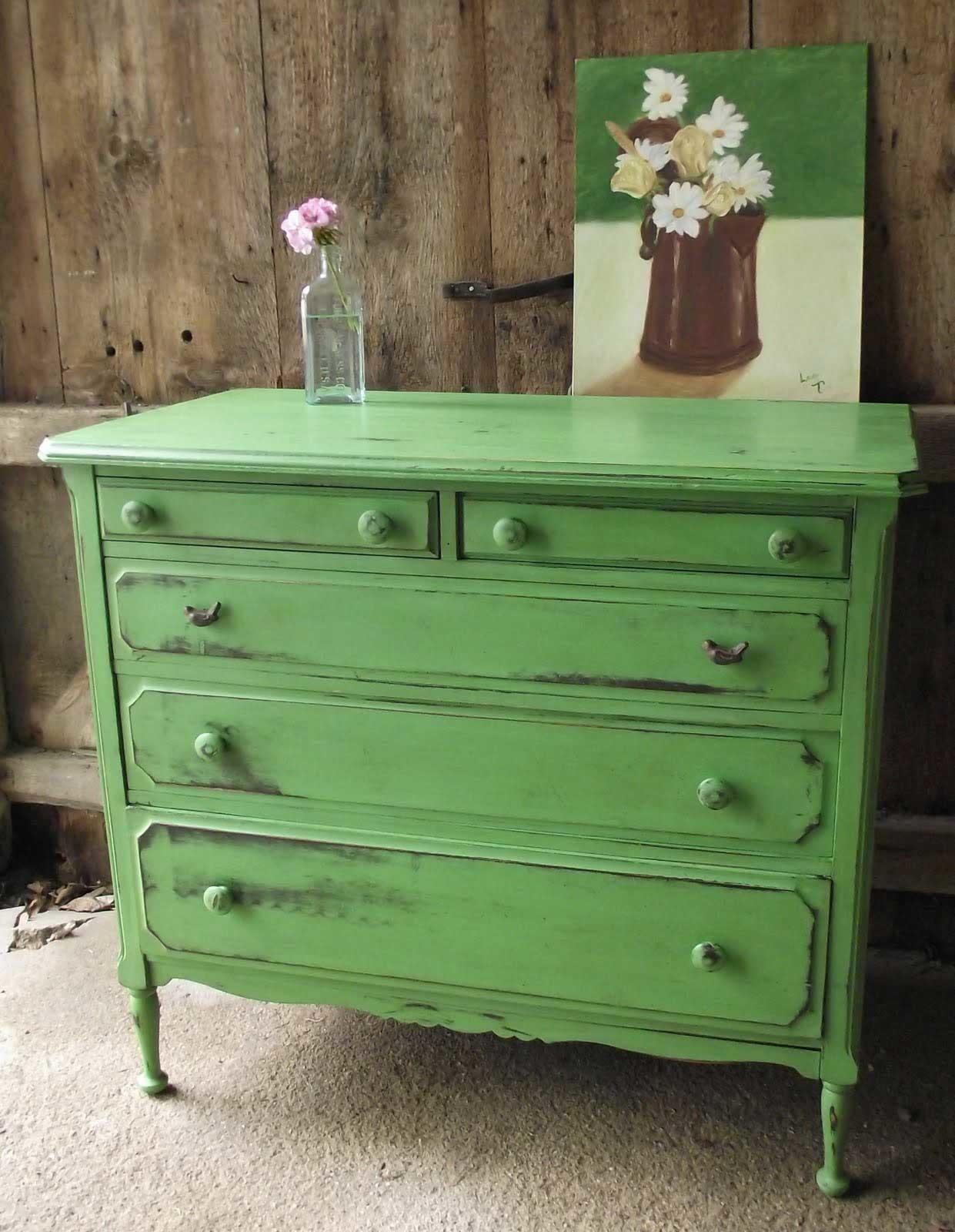 Distressing White Green Furniture Decobizz