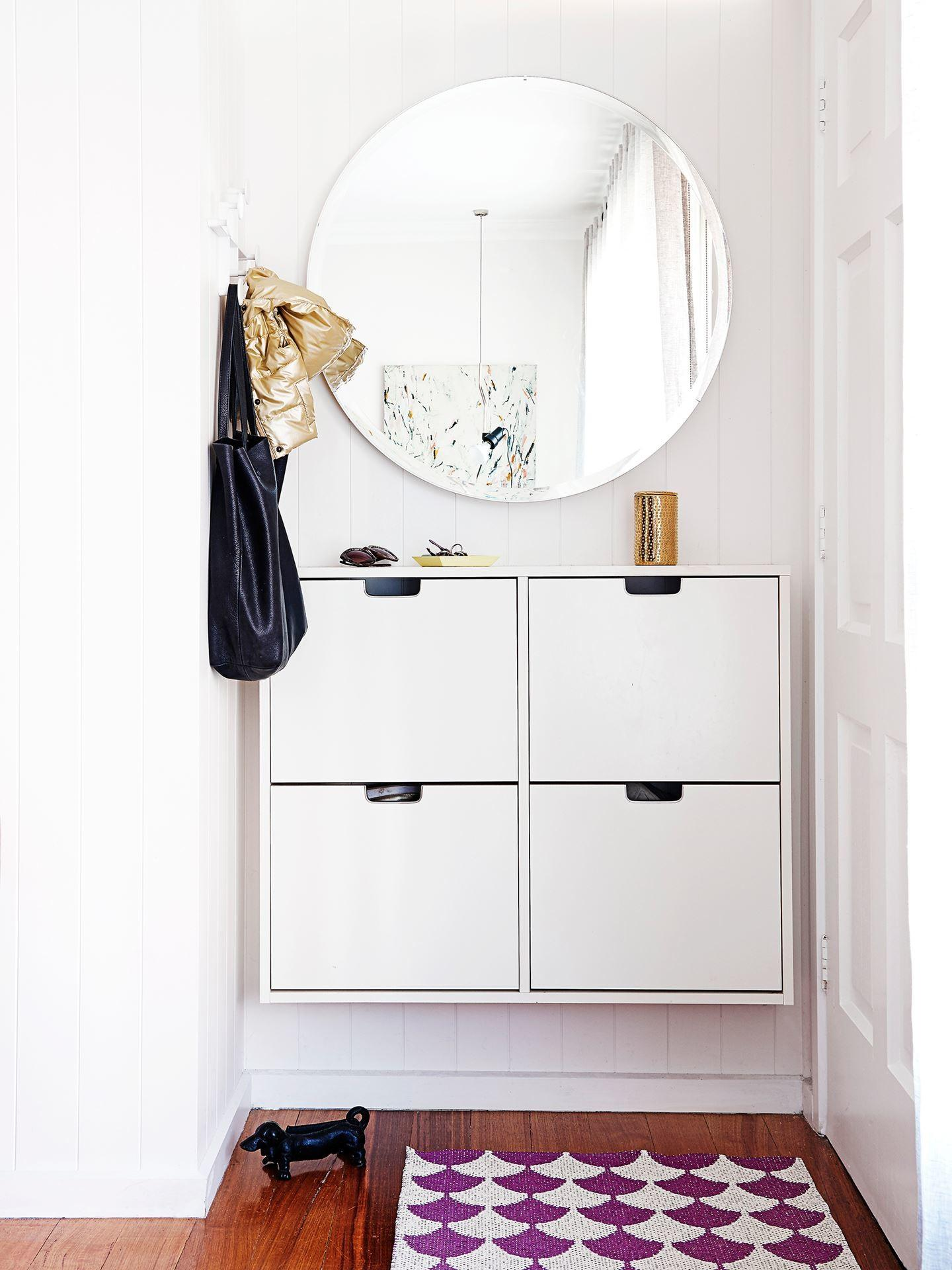Ditch Clutter Minimalist Entryways