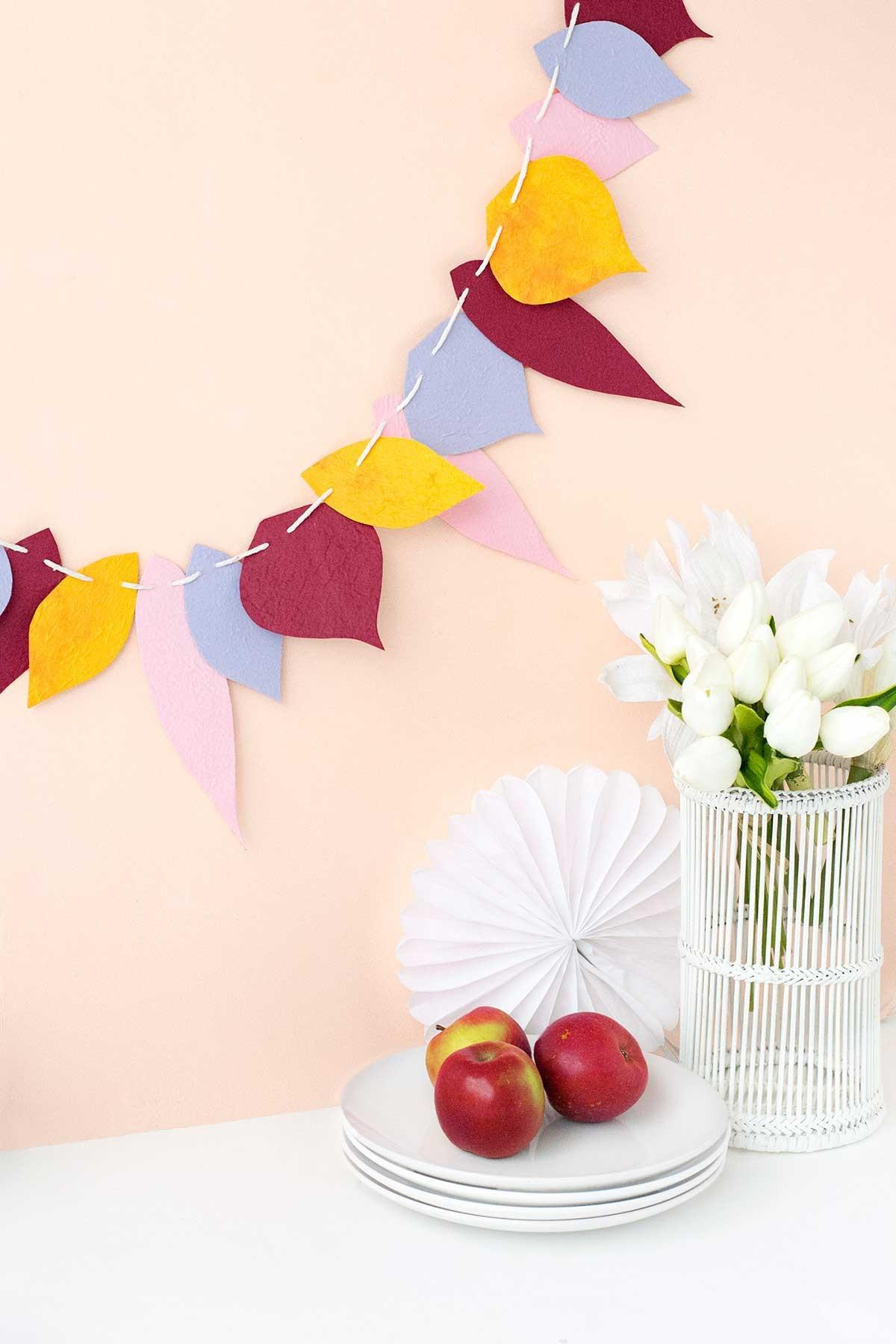 Diy Autumn Leaf Garland Curbly Make Tell