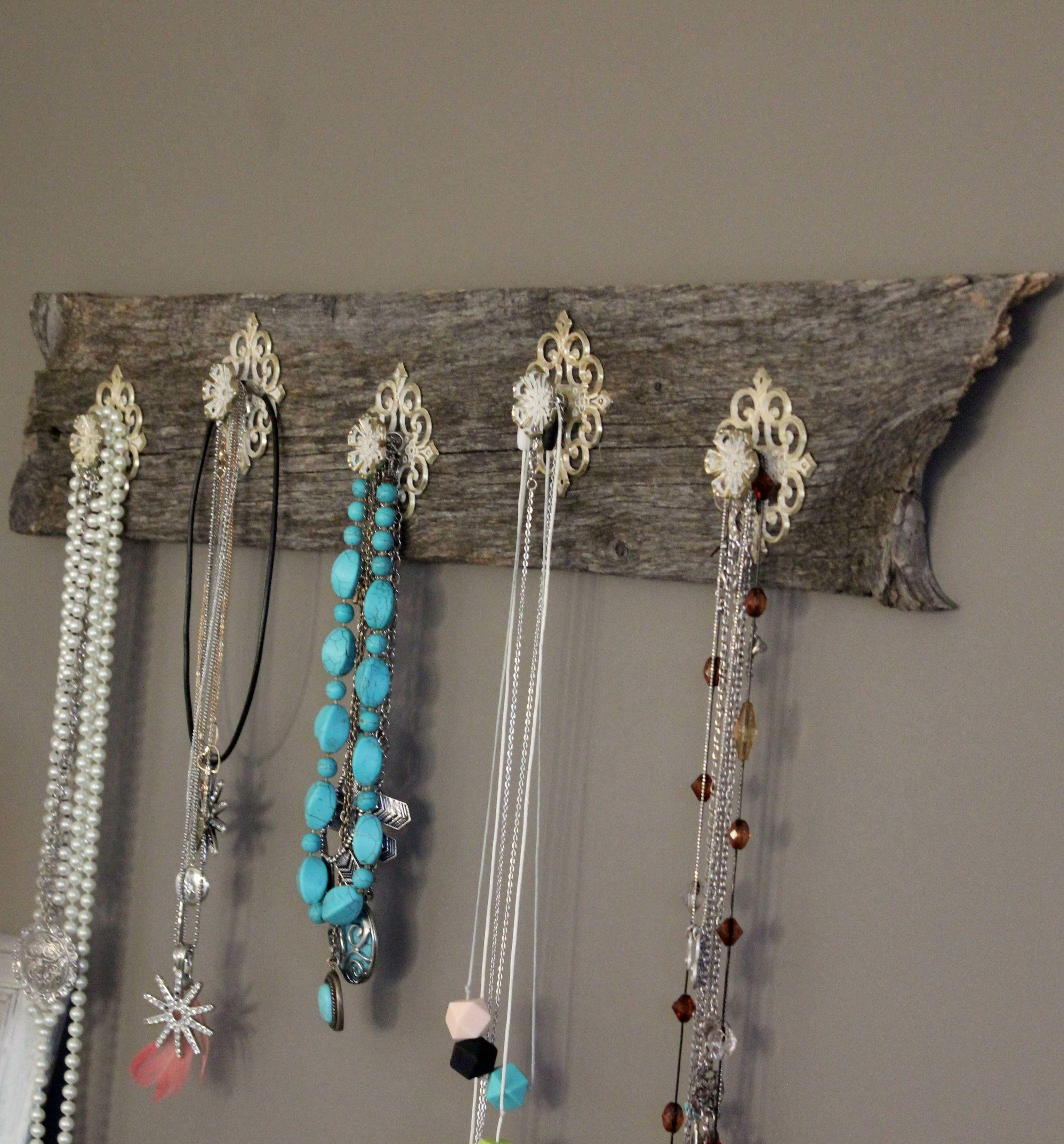 Diy Barnwood Necklace Holder Country Best Blog