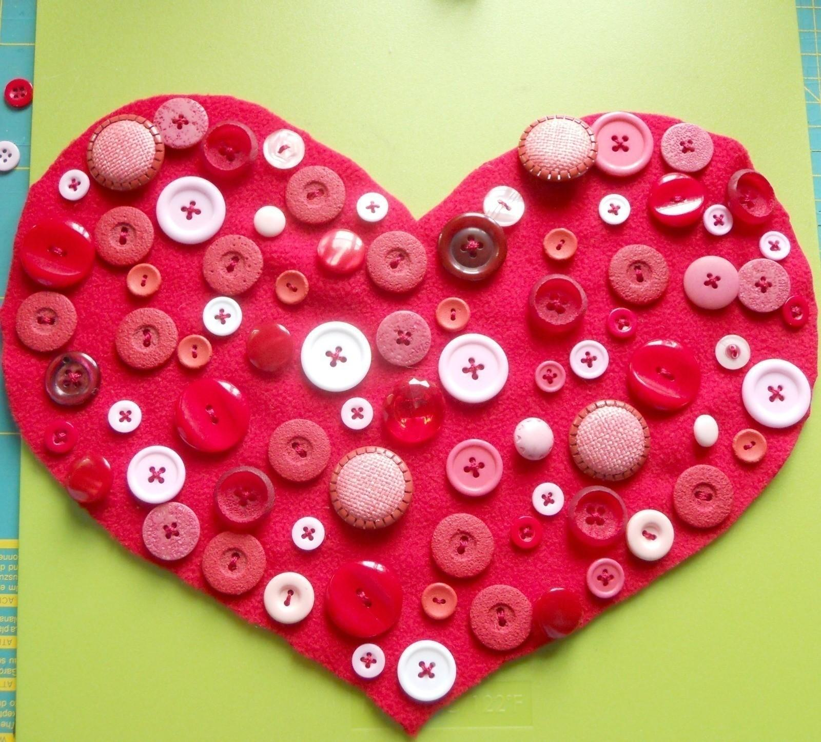 Diy Buttons Heart Pillow Make Stitched Cushion
