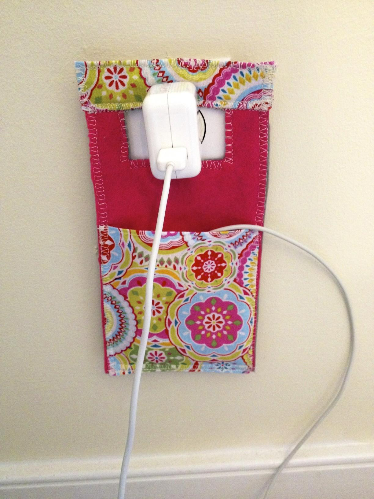 Diy Cell Phone Charger Pocket