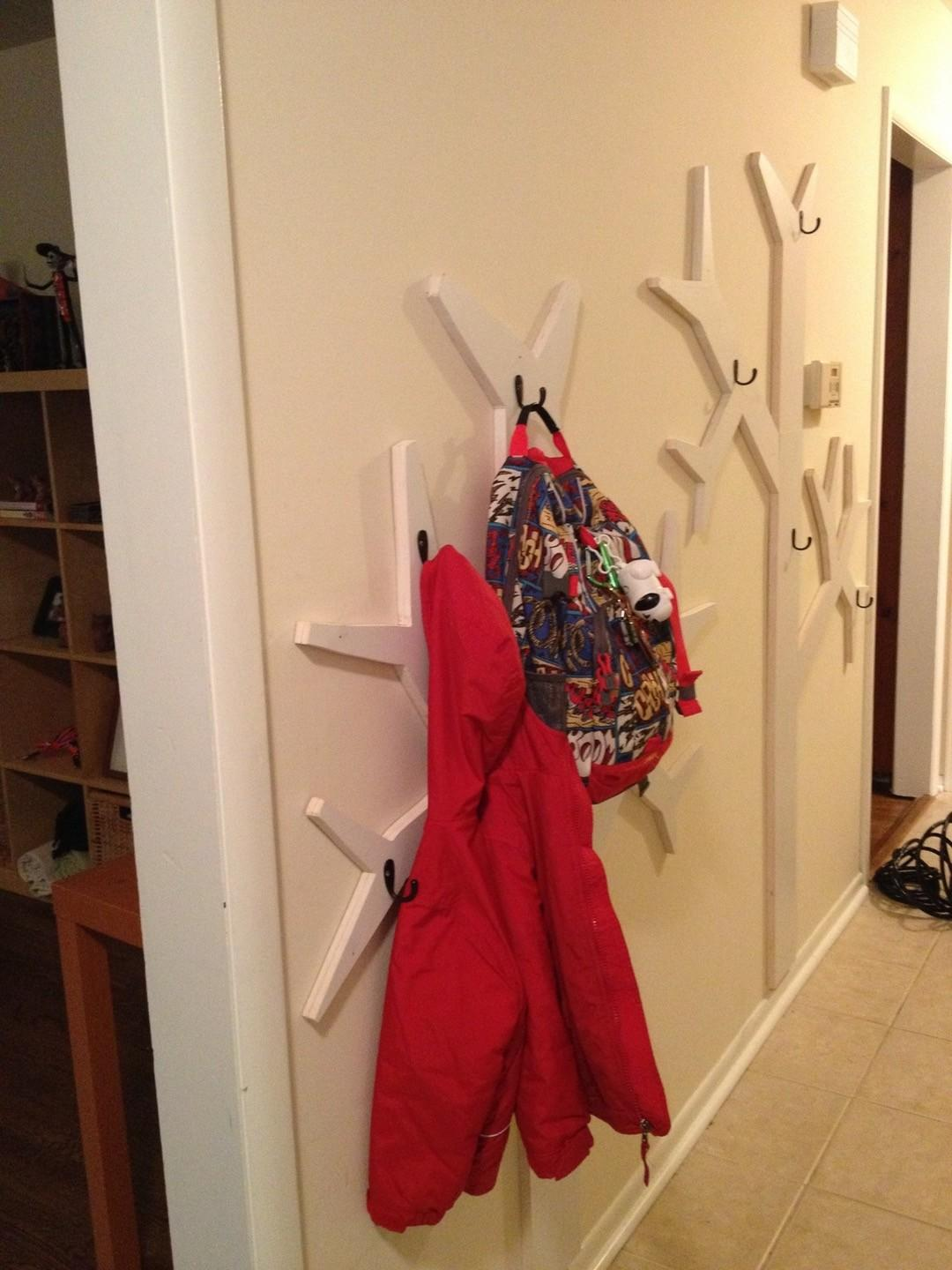 Diy Child Coat Rack Tradingbasis