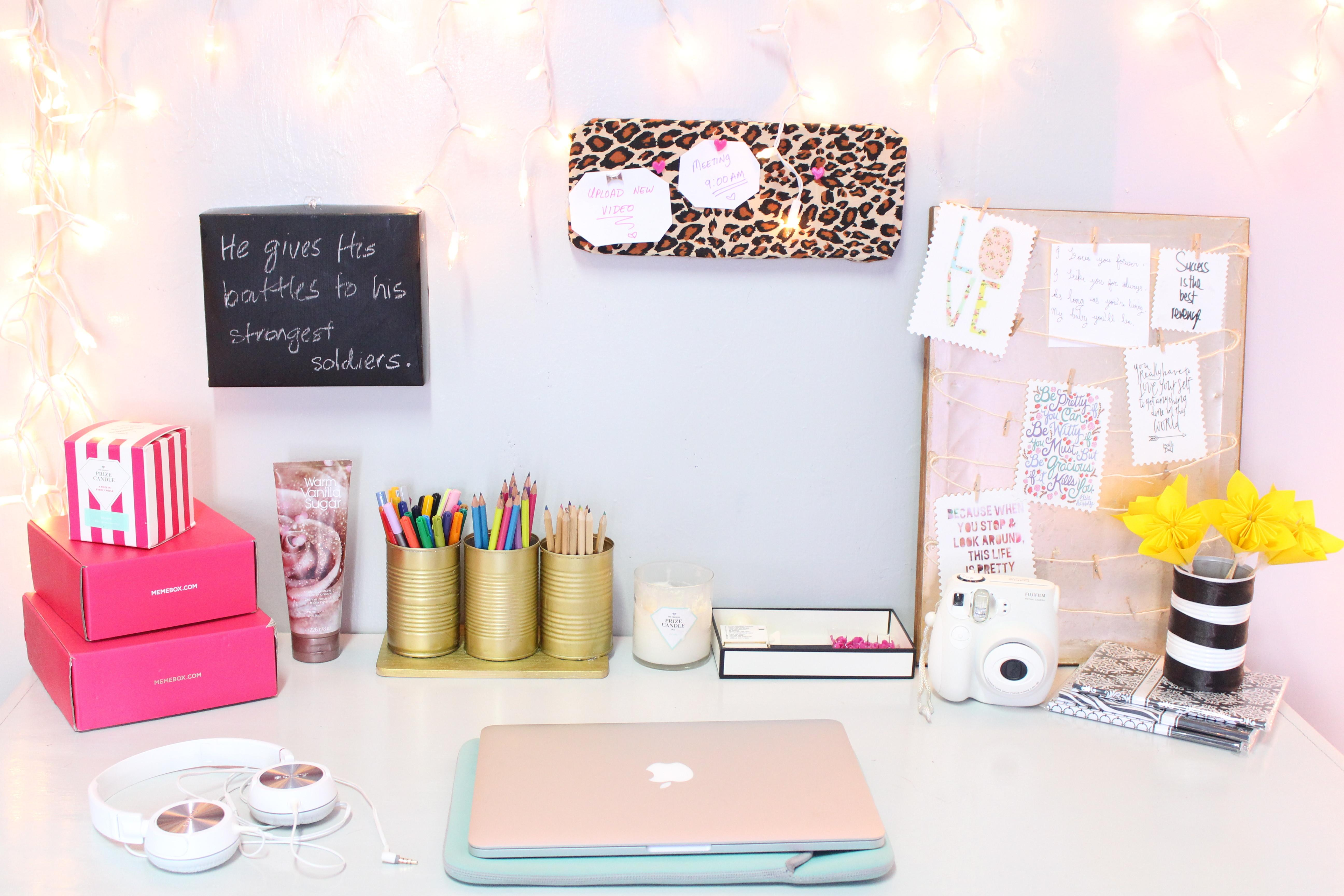 Diy Desk Decor Easy Inexpensive Roxy James