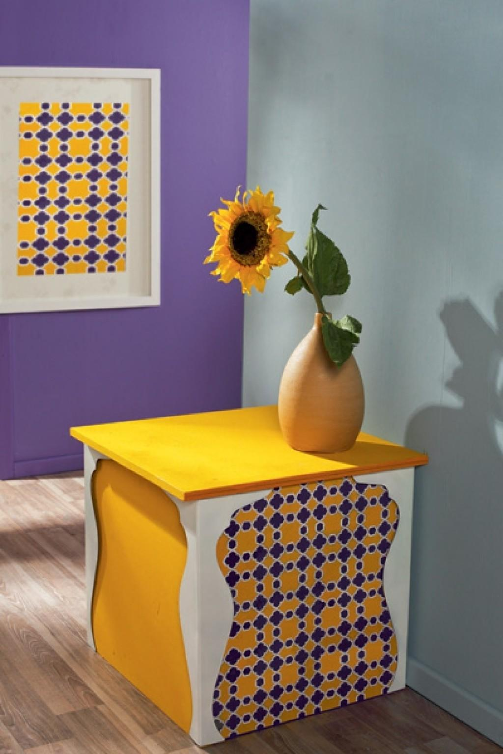 Diy Exotic Oriental Side Table Shelterness Colorful