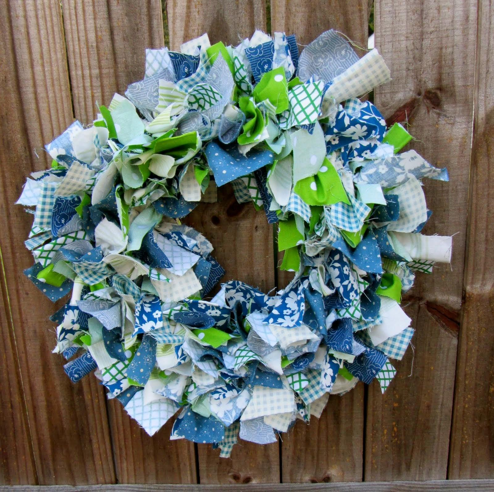 Diy Fabric Wreath Tutorial Craft Projects