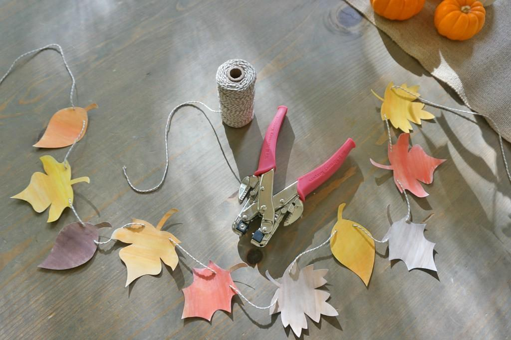 Diy Fall Garland Hacked Mrsqar