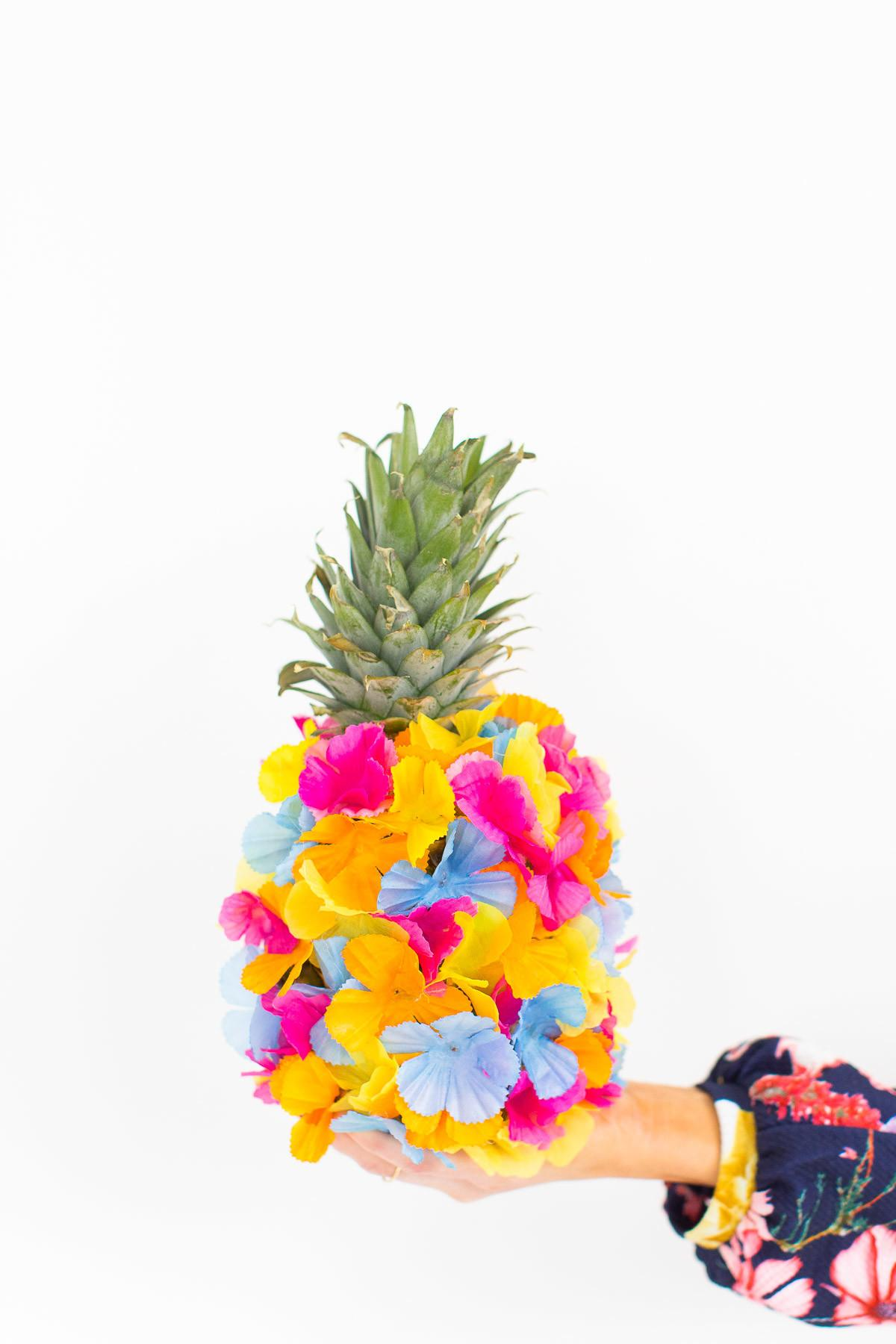 Diy Floral Pineapple Centerpiece Sugar Cloth