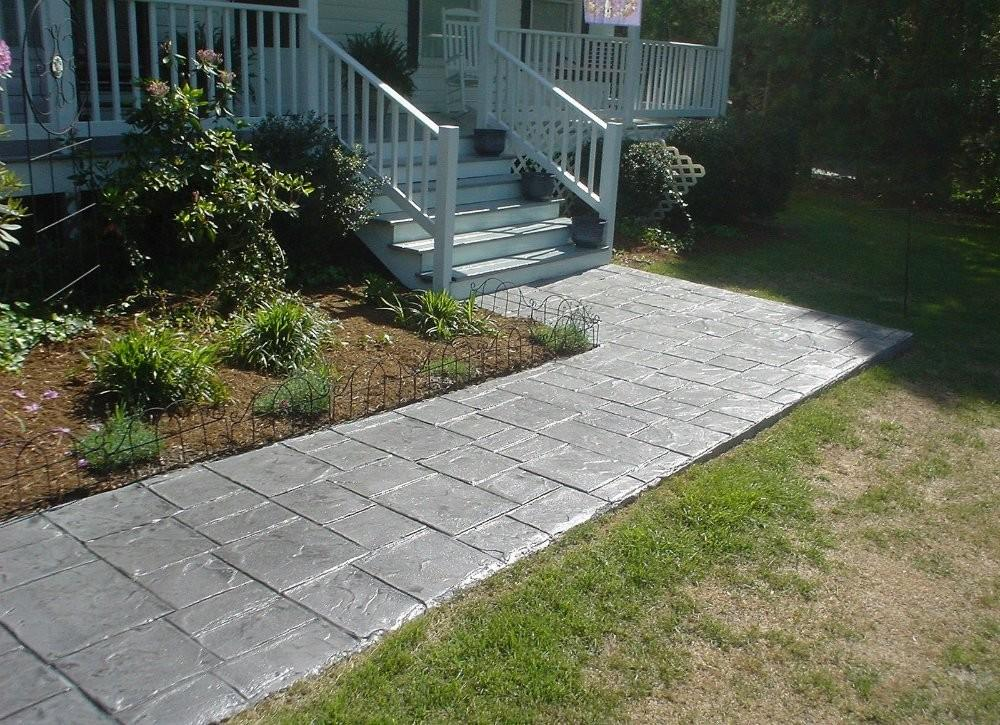 Diy Garden Paths Thrifty Designs Bob Vila