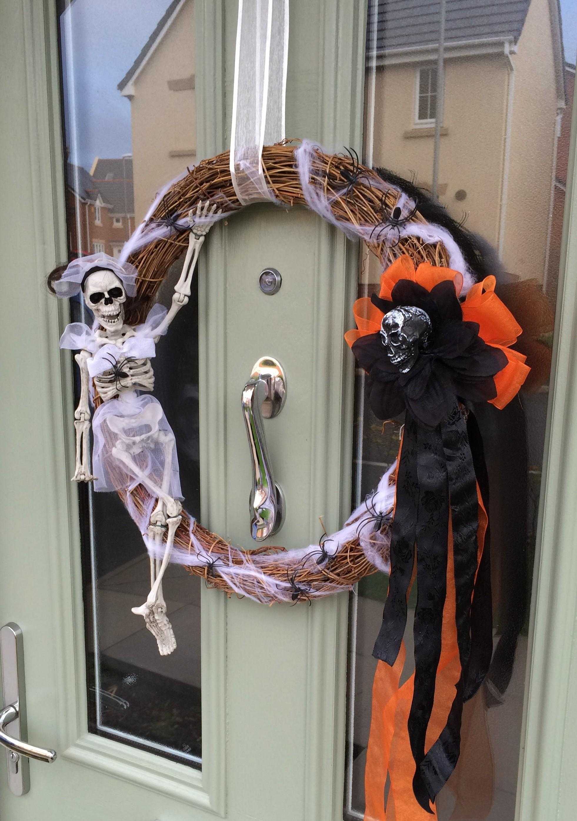 Diy Halloween Skeleton Wreath Ingenious Nesting
