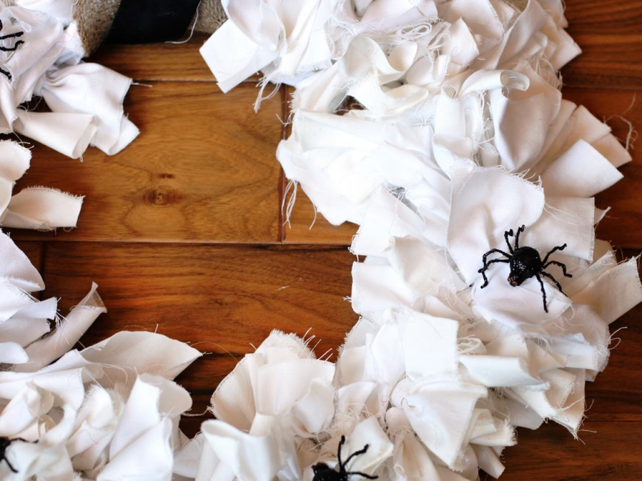 Diy Halloween Wreath Tos