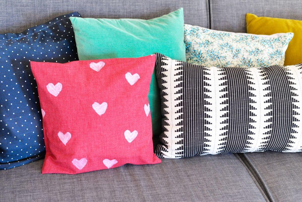 Diy Heart Stamped Pillow Cover Modern
