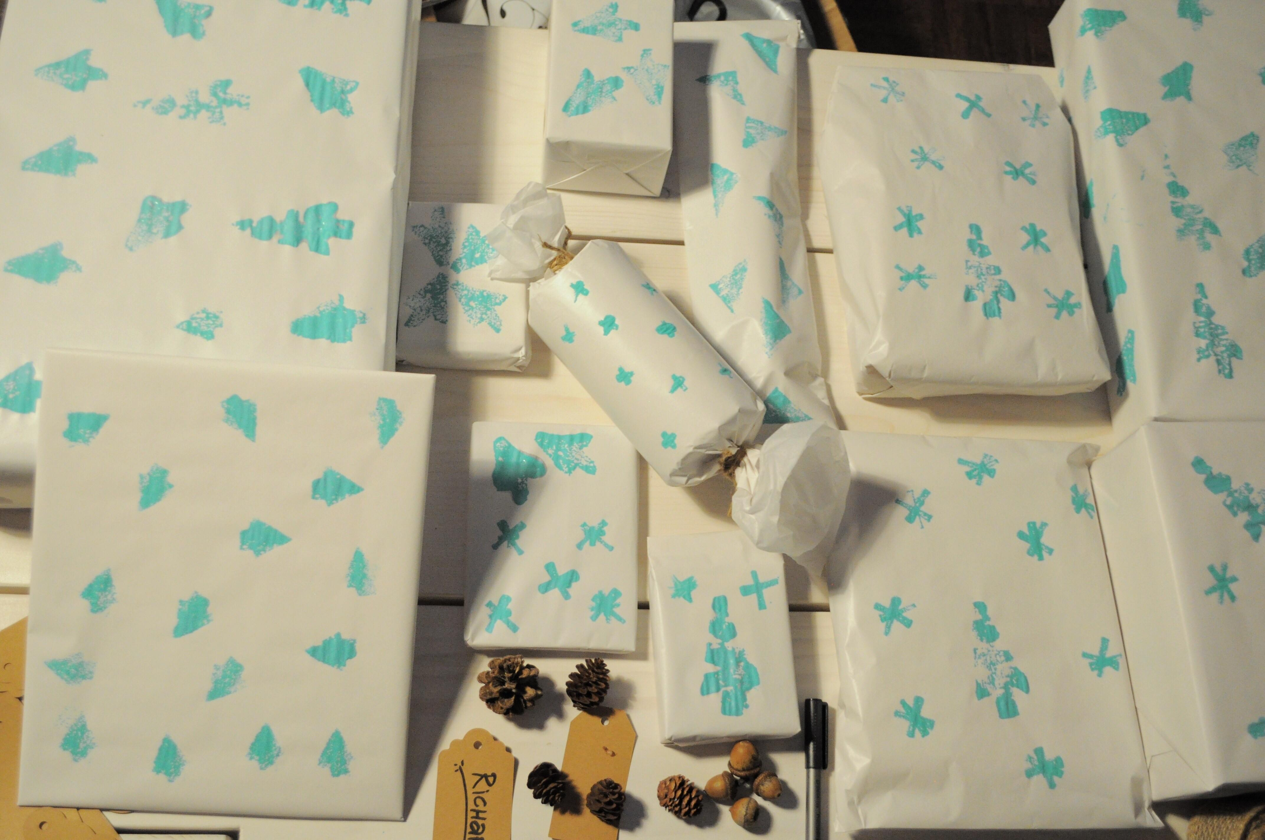 Diy Holiday Wrapping Paper Follow Sprinkles