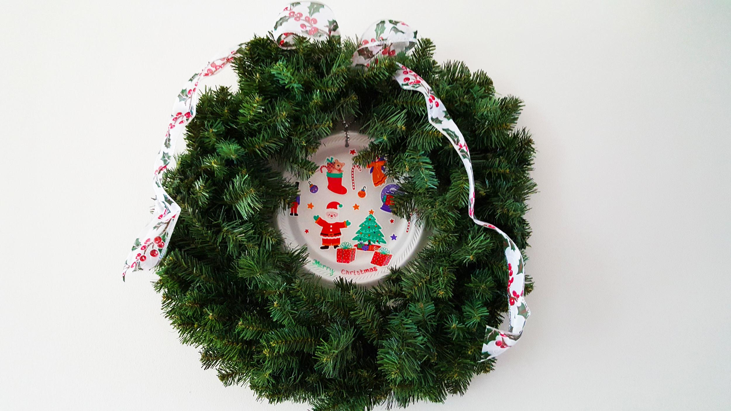 Diy Holiday Wreaths Paper Plates Christmas Ornament