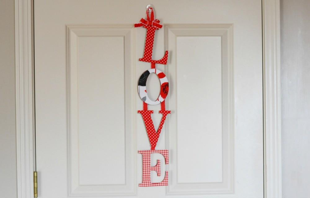 Diy Love Wall Hanging Valentine Day Craft Divine Lifestyle