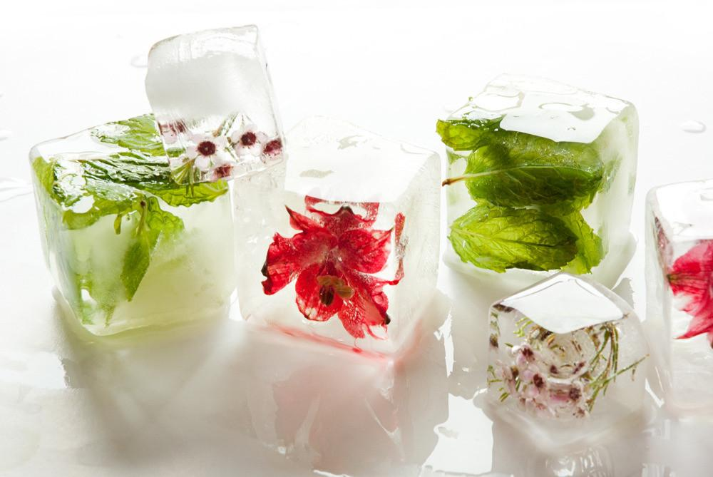 Diy Mint Ice Decorate Your Summer Drinks Stash