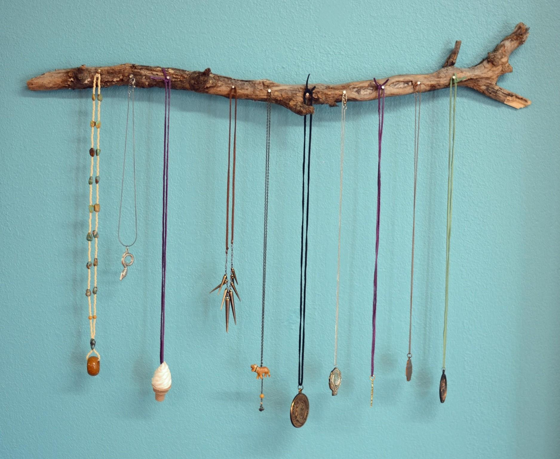 41 Stylish Diy Wooden Necklace Holder That Will Invite You Inside Photographs Decoratorist