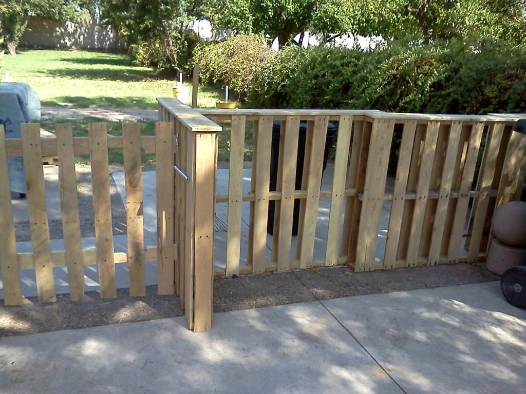 Diy Pallet Fencing Instructions Outdoor Decorations