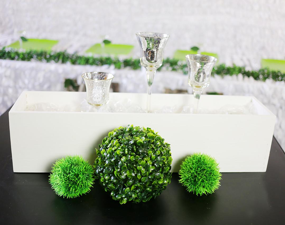 Diy Pantone Greenery Wedding Centerpiece