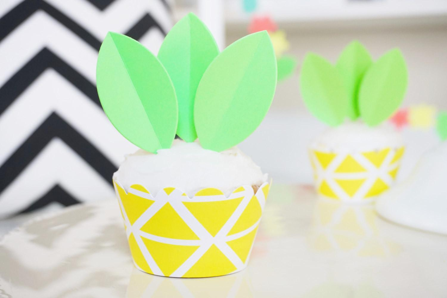Diy Pineapple Cupcake Wrappers Toppers Set Luau