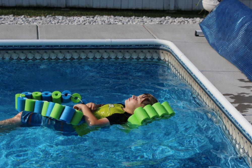 Diy Pool Noodle Fish Float Headrest Julie Hoag Writer