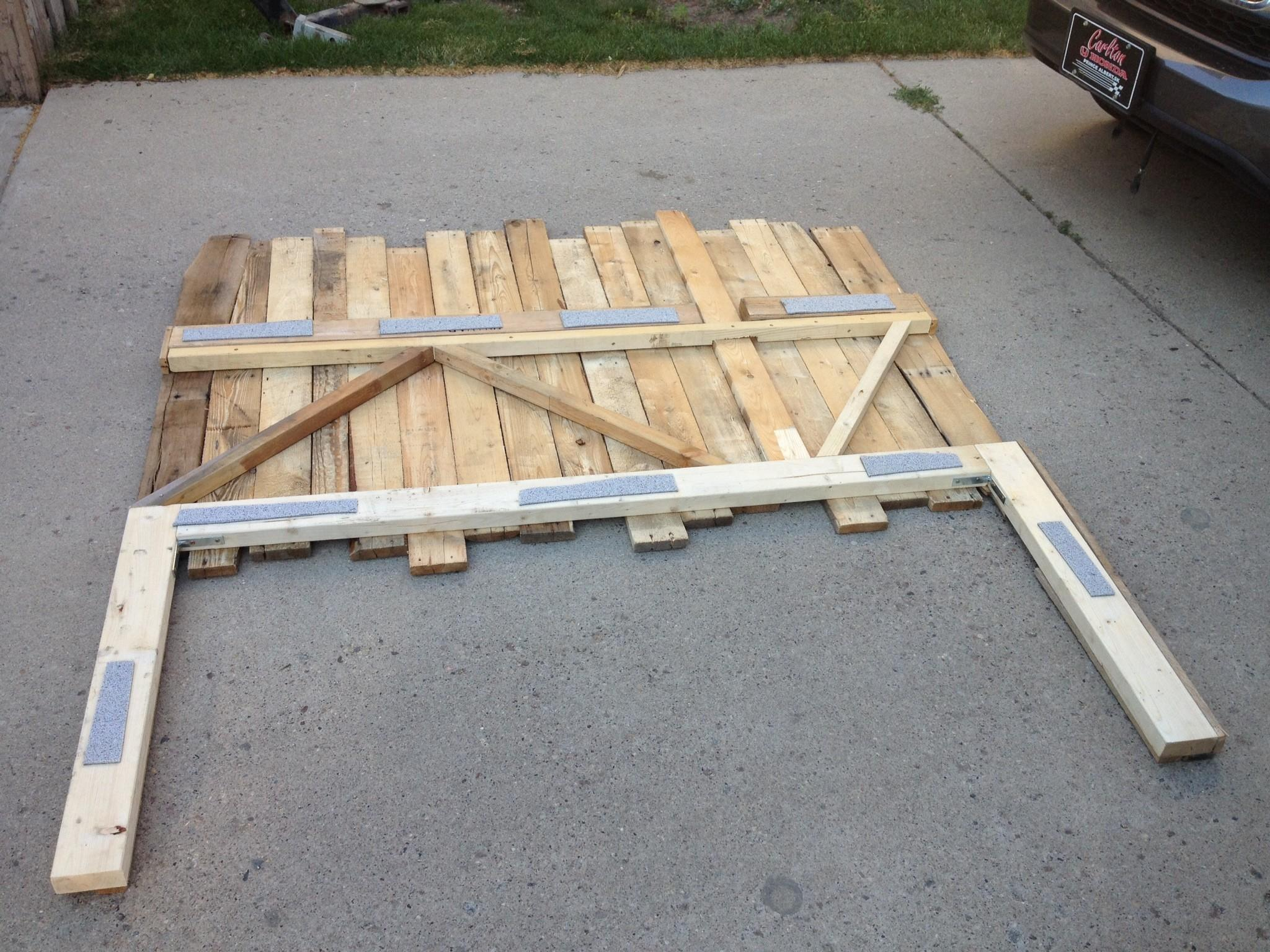Diy Recycled Pallet Headboard Artifacts World