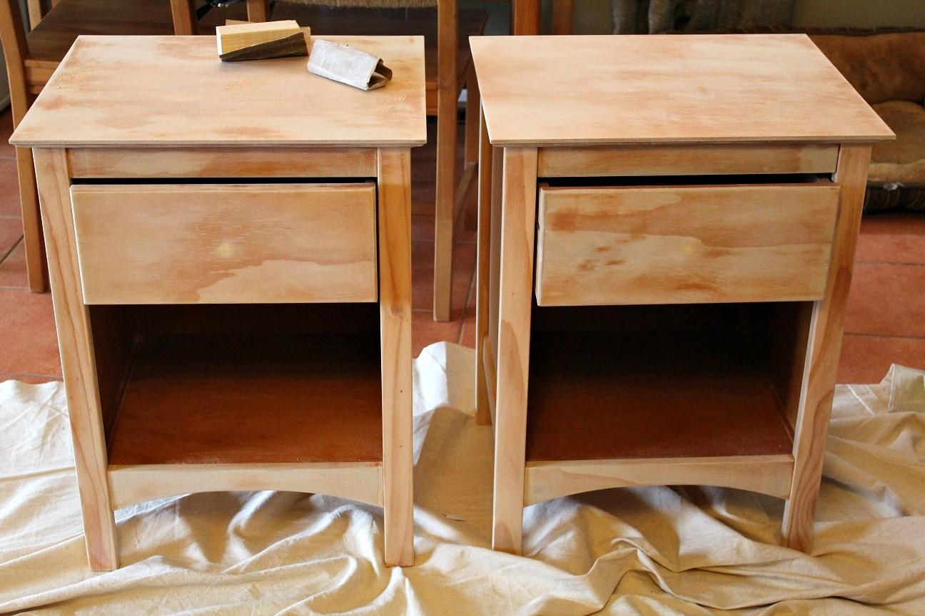 Lovely Diy Nightstands That You Must See Right Now Images Decoratorist