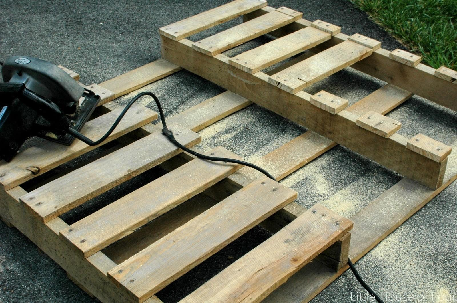 Diy Rustic Pallet Frames Little House Four Creating
