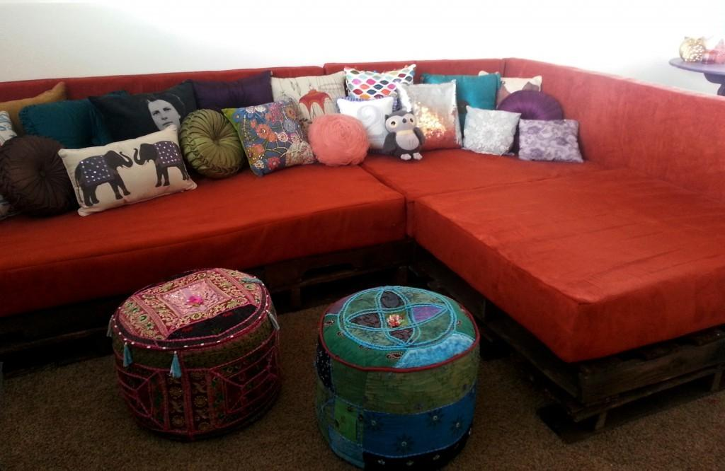 Diy Shipping Pallet Couch Joyful Riot