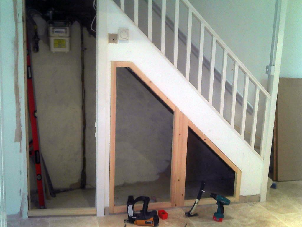 Diy Storage Under Stairs Interior Design Ideas