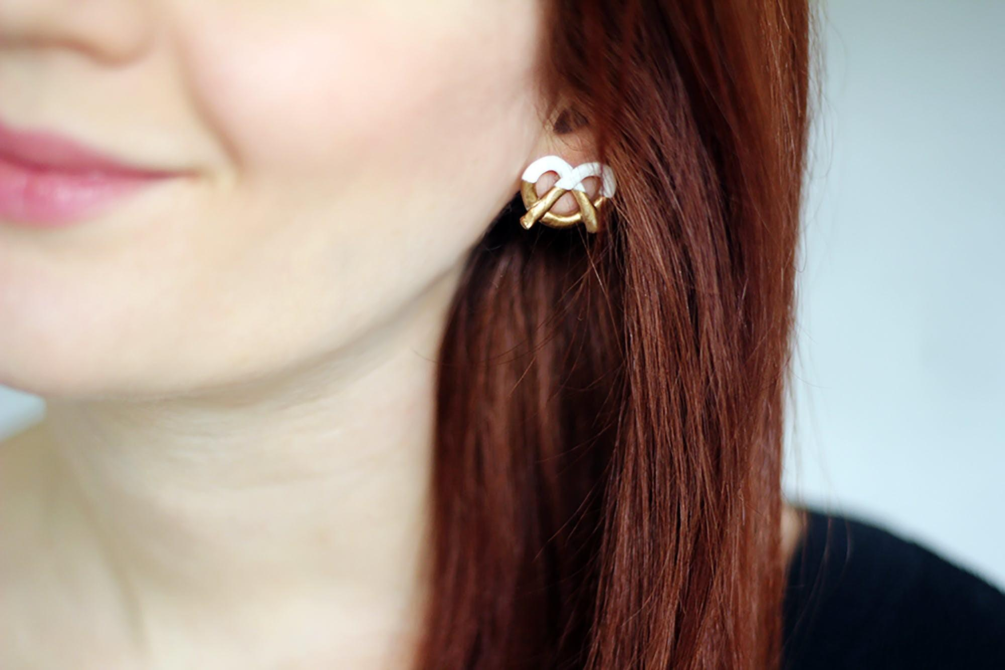 Diy These Marc Jacobs Inspired Pretzel Earrings