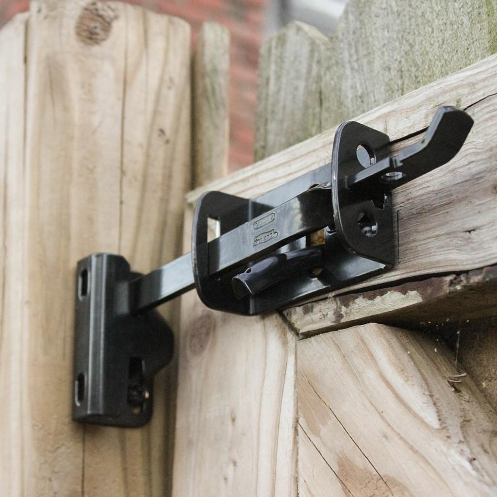 Diy Tutorial Install National Hardware Gate Latch Giveaway