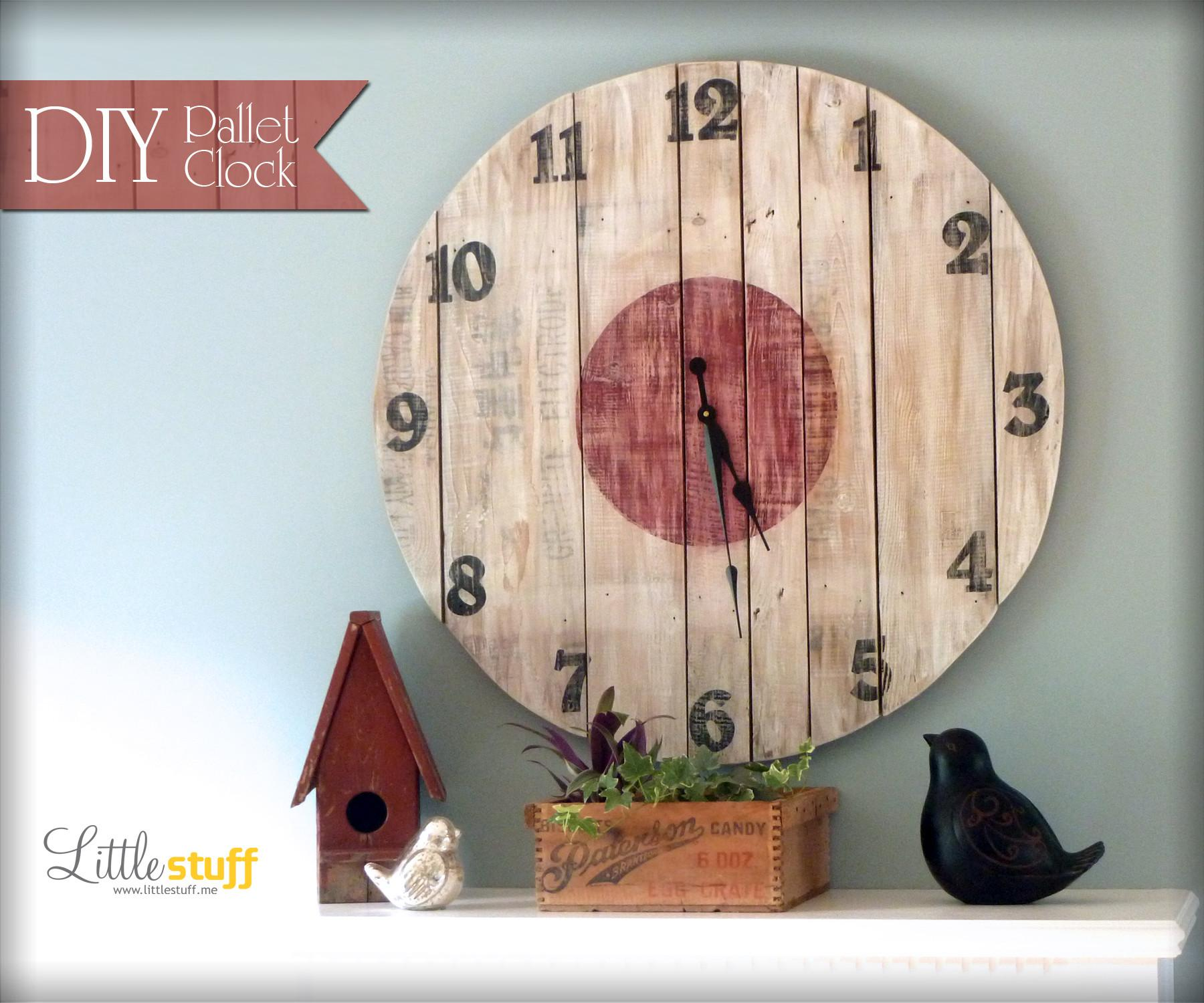 Diy Wood Pallet Clock Little Stuff