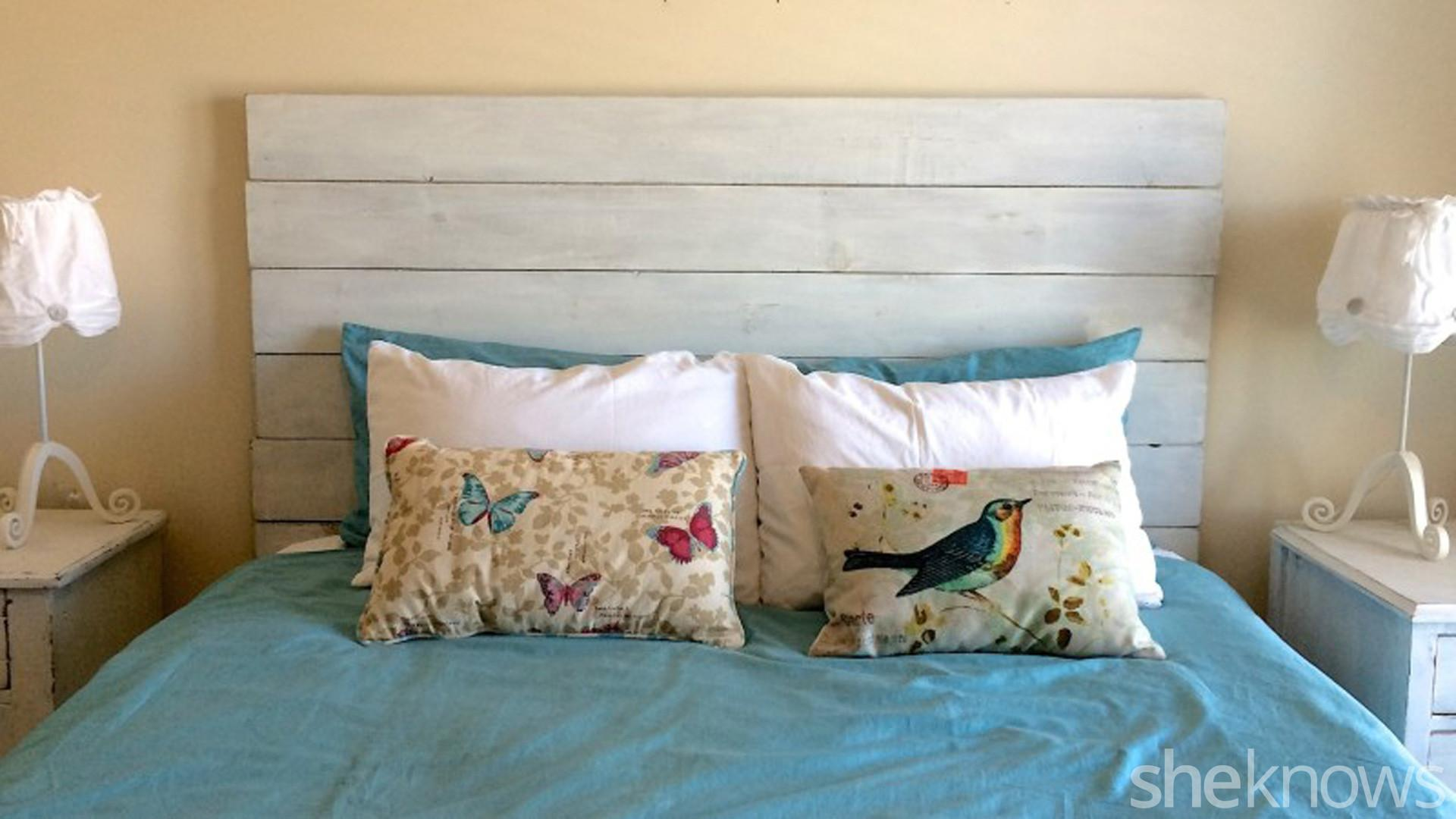 Diy Wooden Headboard Makes Your Bedroom Instantly Farmer Chic