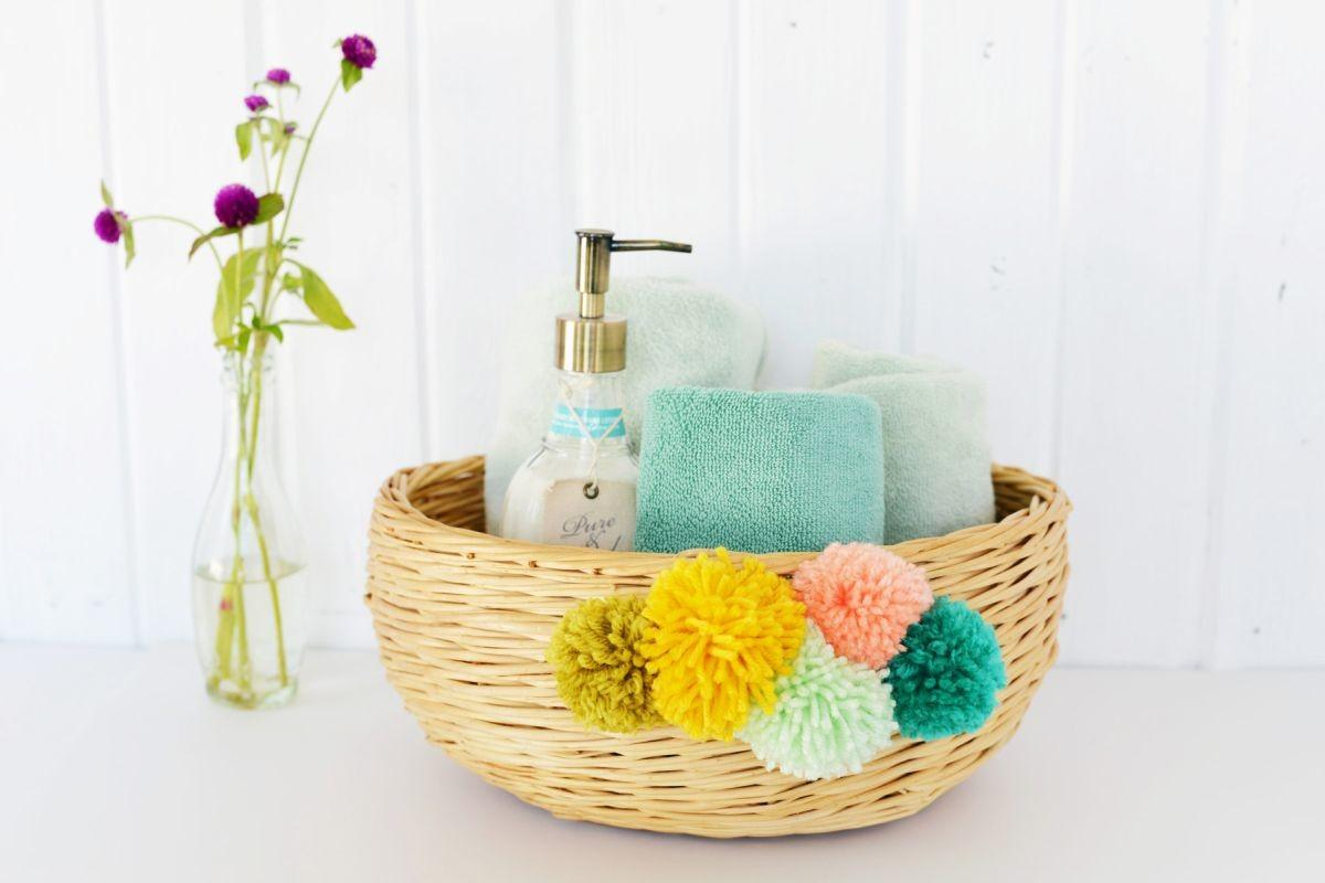 Diy Yarn Pom Basket