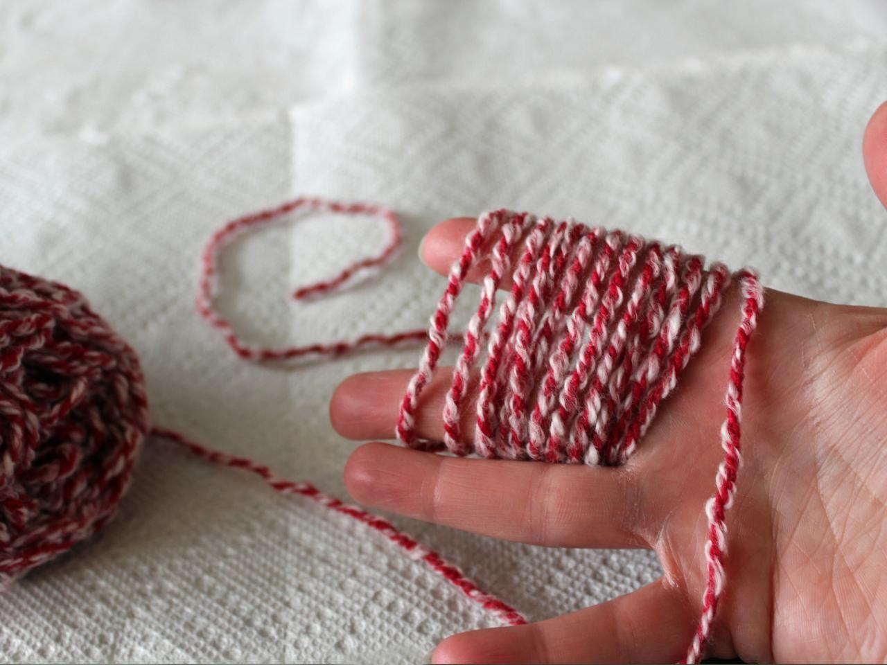 Doily Holiday Gift Wrap Plus Make Yarn Pom