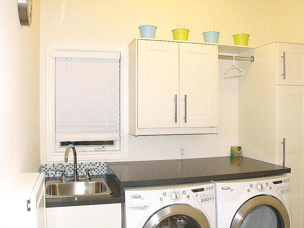 Dolce Vita Laundry Room Makeover