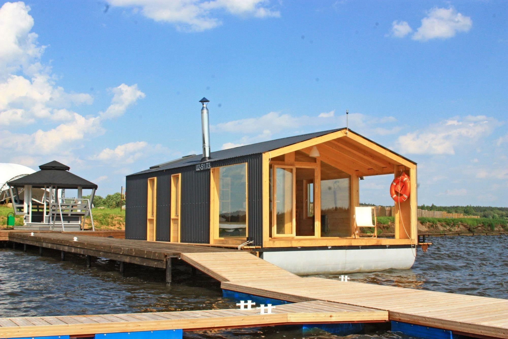 Dubldom Houseboat Modular Floating Cabin