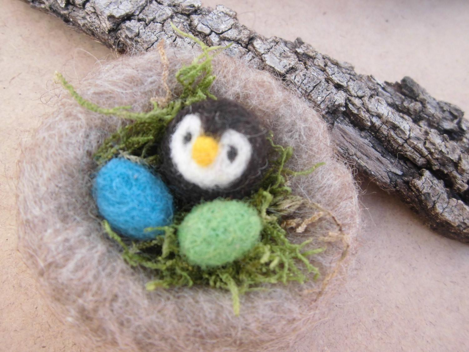 Easter Decorations Bird Nest Tiny Owl Colored