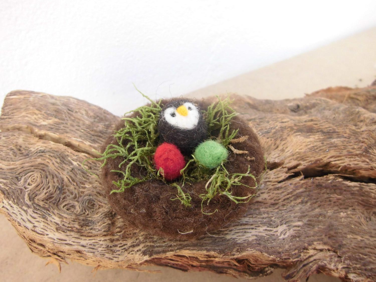 Easter Decorations Cute Owl Bird Nest Colored