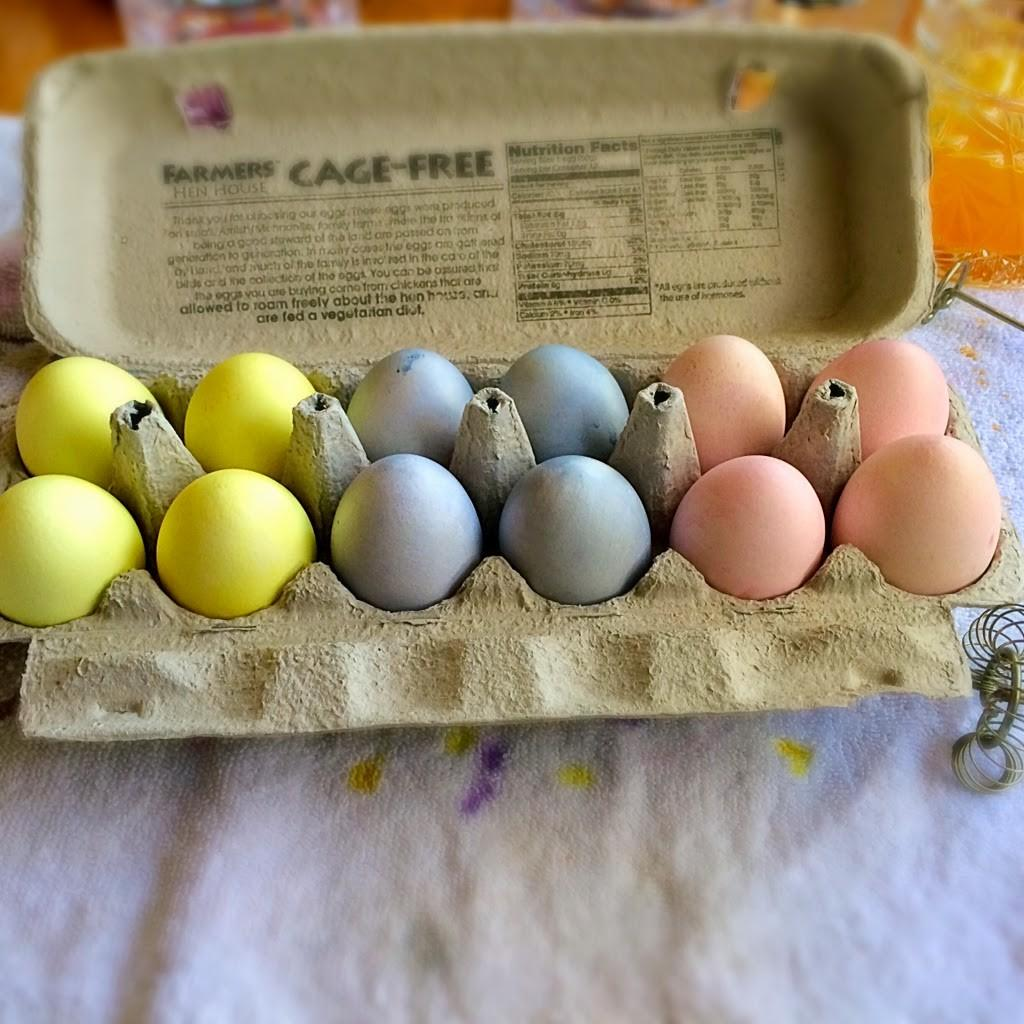 Easter Egg Decorating Using Natural Dyes Twitchetts