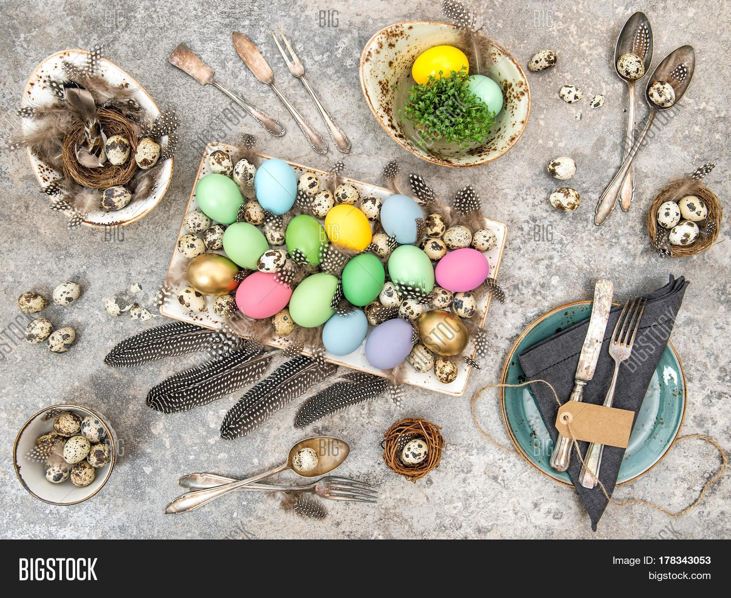 Easter Eggs Table Decoration Quail Top