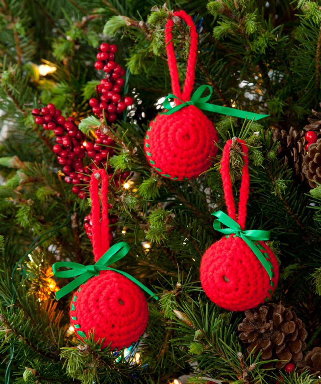 Easy Classic Ball Ornaments Crochet Pattern Red Heart