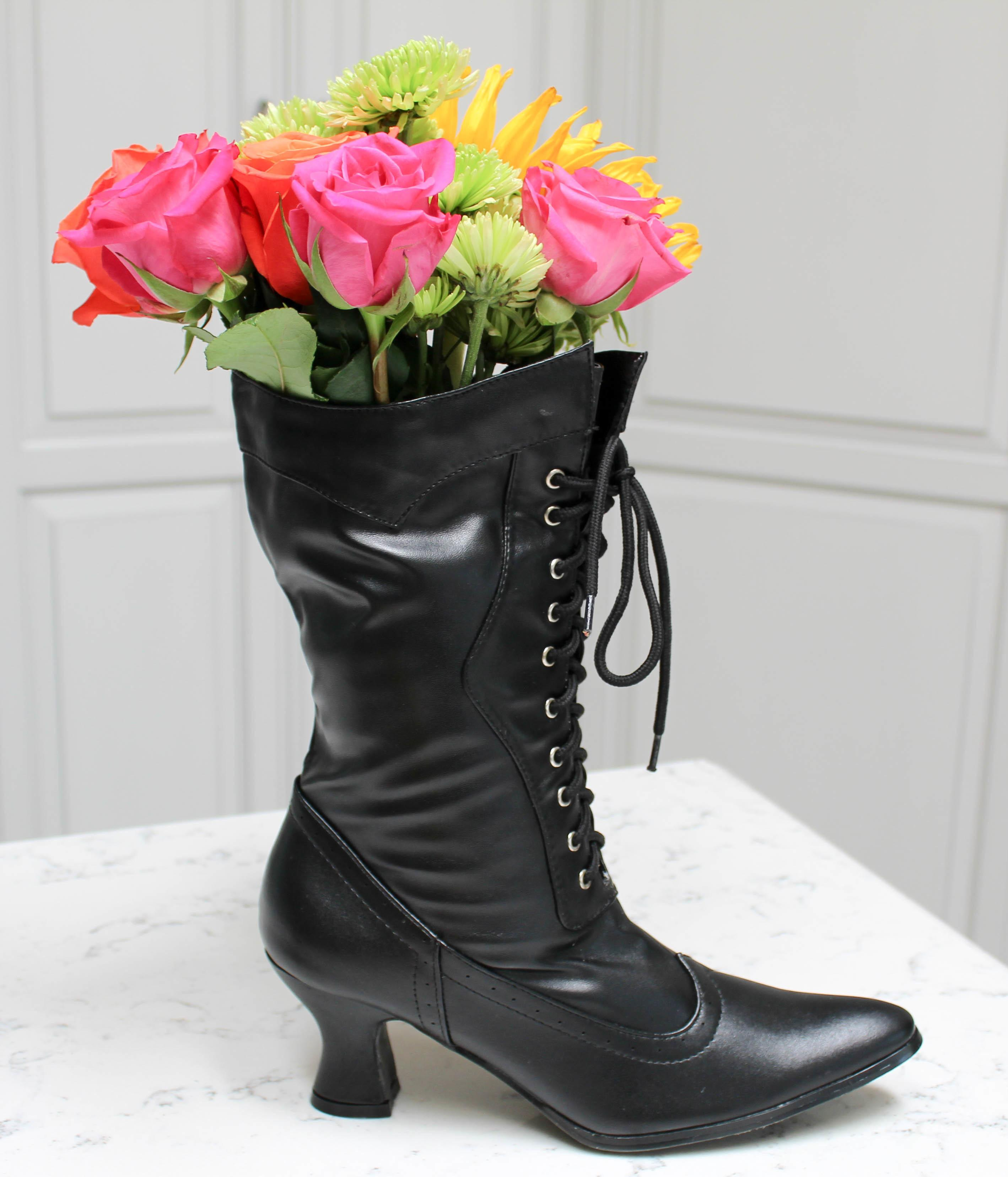 Easy Diy Halloween Floral Centerpiece Witch Boots