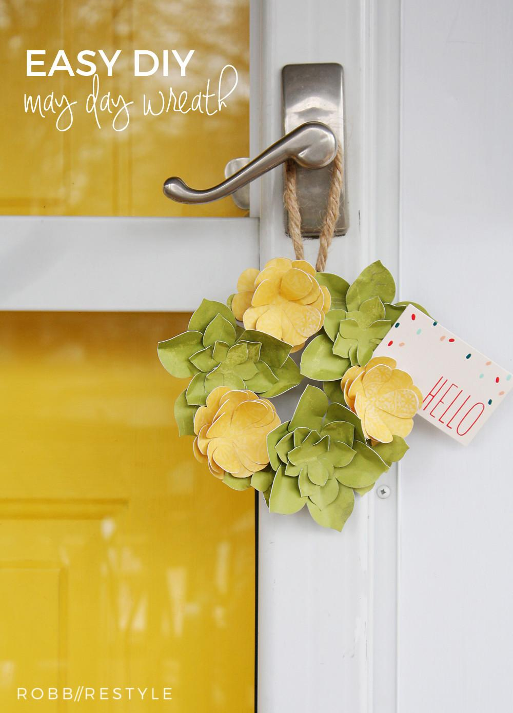 Easy Diy Paper Flower May Day Wreath Robb Restyle