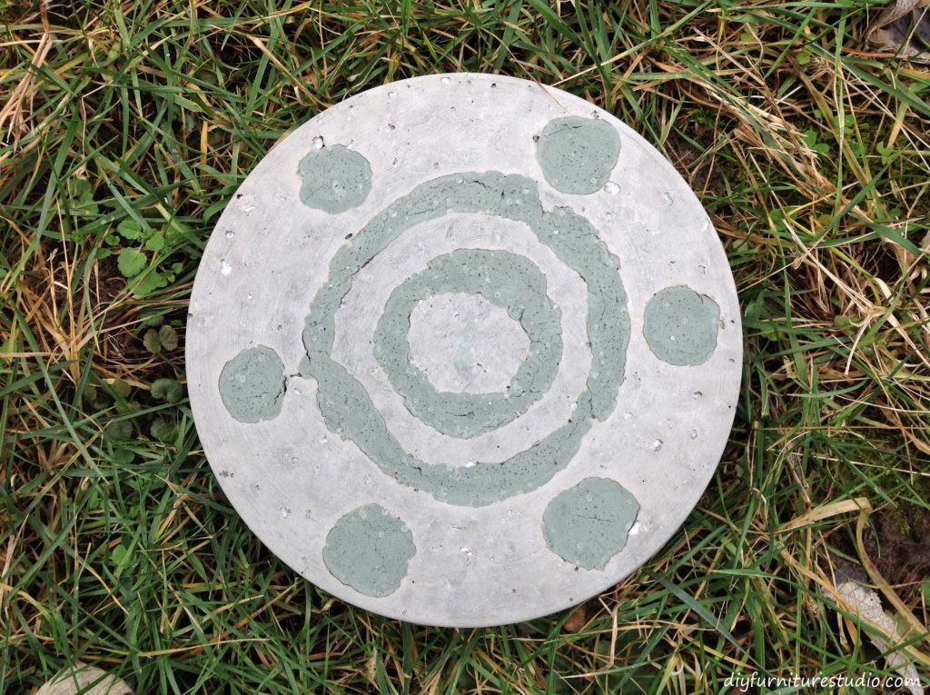 Easy Garden Stepping Stones Embedded Colored Cement