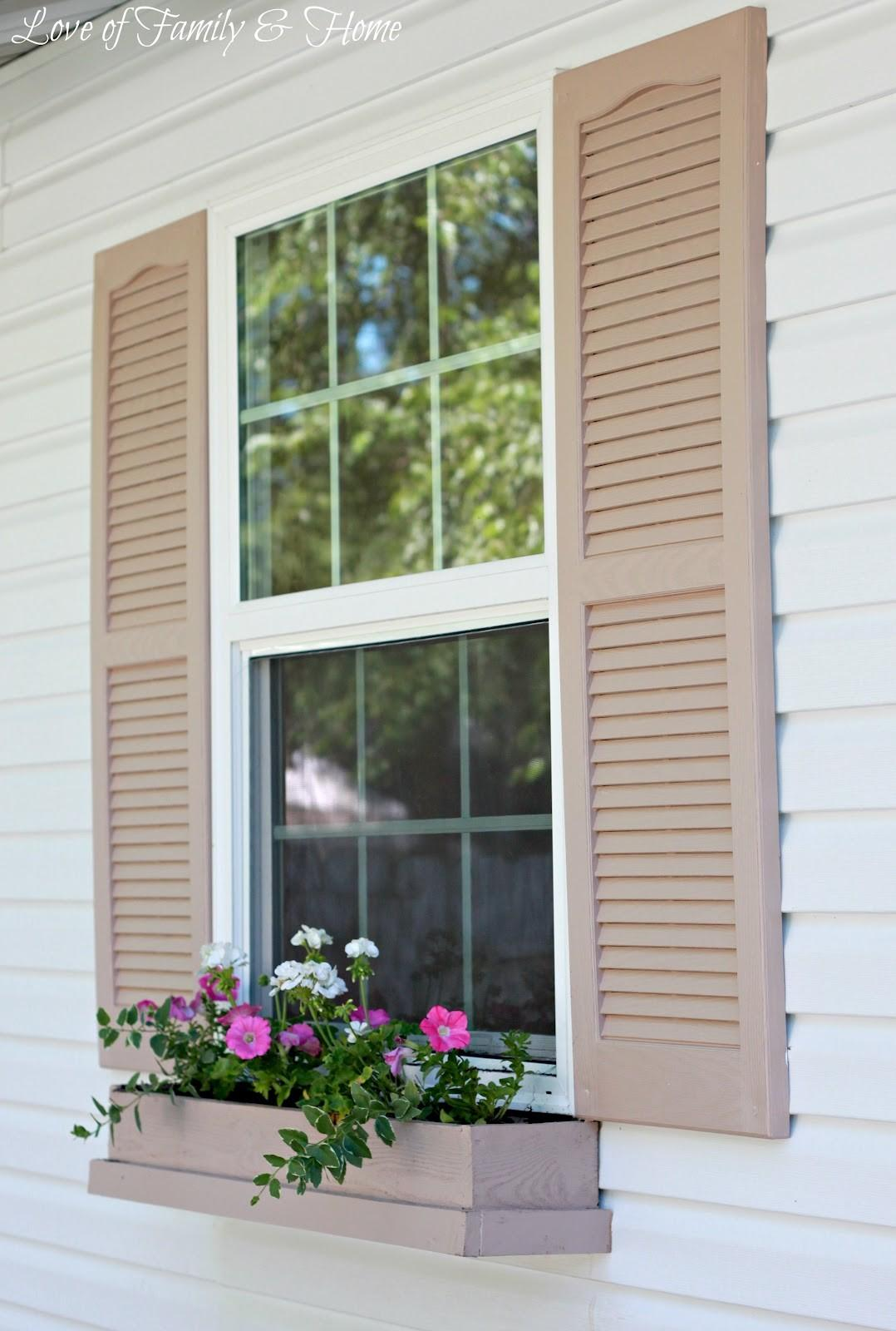 Easy Inexpensive Diy Window Boxes Love Family Home