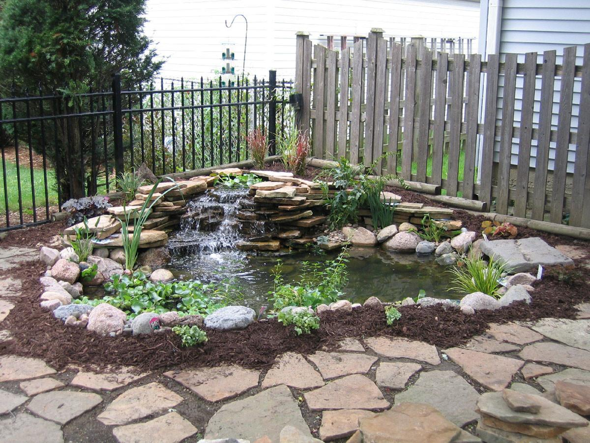 Easy Simple Backyard Landscaping House Design
